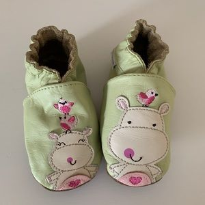 Robeez Leather Booties 6-12 months